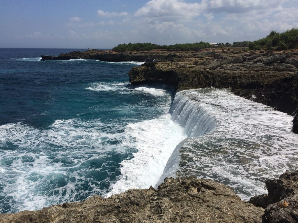Devil's Tears, Accommodation in Nusa Lembongan